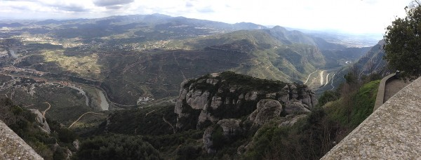 pano-montserrat-canyon